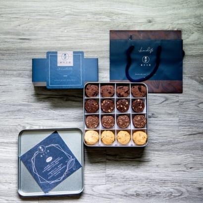 法國莊園巧克力鐵盒.jpg